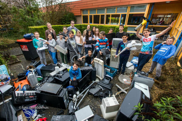 E-waste Race - local collection of old electronic devices
